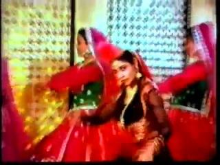 Indian Film Qawwali - 'Woh Nazar Leke' - 'Suraag' 1982 - Tina Munim & Rajesh Khanna
