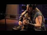 Zakk Wylde performs Lovin' Woman live
