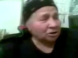 Бабка расказывает как делать плов