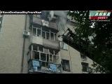 09.06.2014 Славянск, от попадания укр.артиллерии горят жилые дома