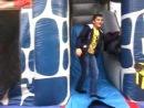 Миша и Тёма на батуте для детей 3 5 лет