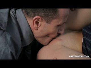 Private - alexis crystal - sucks a cock and get fucked by him very hard in a car