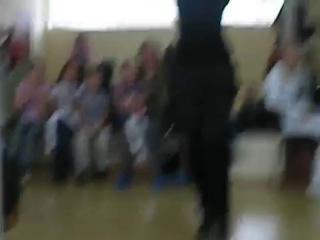 ~ ♥ Лезгинка --русская девушка танцует изящно ♥ ~.mp4