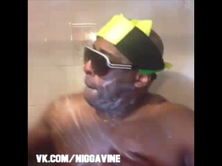 Rich white person taking a shower vs. jamaicans taking a shower (nigga vine)