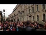 Хор Русской Армии - Флэшмоб в самом центре Петербурга в День Победы 2014