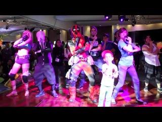 Deadpool vs Comic-Con 2013 Free Deadpool Stuff