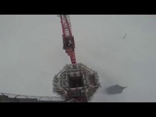 Парни из Новосибирска  в Китае (Шанхайская башня 650 метров)