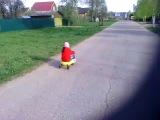 Детская самоходная машина плазмакар приобрели для Ксюши.