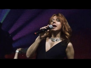 Алёна Апина, песня