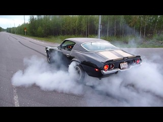 1971 Chevrolet  Camaro,  second gear burnout