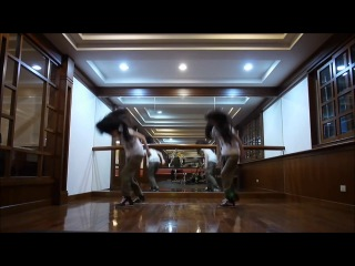 EXO - Overdose By Sandy and Mandy