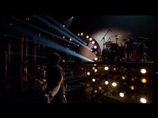 Shakira – Empire (Live @ Billboard Music Awards 2014)