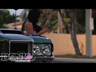 Donk, Box and Bubble Girls—Emmaly Lugo & 1971 Oldsmobile Cutlass 442