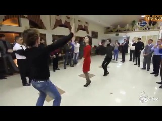 «Супер Четкая Лезгинка HD 2013-До чего красиво танцуют! »