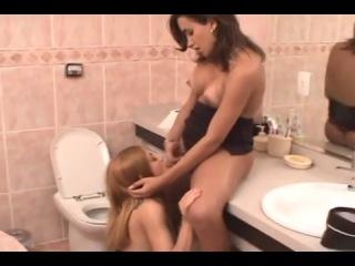 высокая брюнетка видео порно