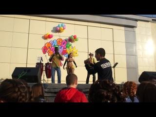 Последний школьный звонок - 2014. Танцевальная программа с участием шоу-оркестра «Avocado jam». Эжва.