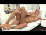 Shyla Stylez Eats Foot Long Hot Dick