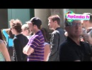 Ана Мулвой-Тен и Тайлер Шилдс прибывают на игру «Лейкерс» в Стэйплс-центр