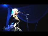 8. Blondie - Intro to Maria - Live in Sydney