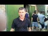 Много людей не знает куда пересылать гуманитарную помощь, что бы она дошла до ополченцев. http://vk.com/slavpravdaluganska Вчера наш отряд, в очередной раз грузился на одном из пунктов, который работает под эгидой