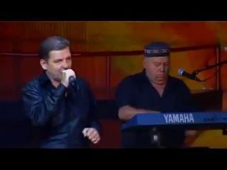 Вадим Глухов в группе ПЯТИЛЕТКА концерт.mp4