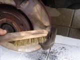 Замена передних тормозных колодок на Citroen C4 (Ситроен С4)