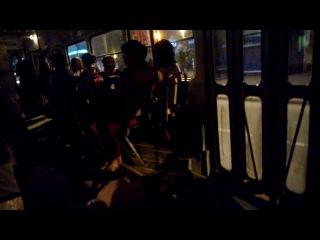 Гуляли всю ночь до утра ( 21 выпуск ГЛ исполняет песни в трамвае )
