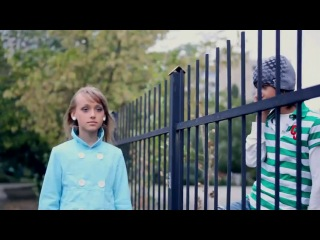 Клип: Детская любовь, школьная пора)