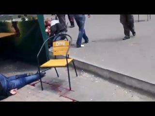 9 мая Мариуполь СМЕРТЕЛЬНЫЙ ИСХОД растрел нац гвардией мирных жителей возле ПУМБ