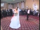 Красивый танец жениха и невесты - Азербайджанская свадьба - Uzundere - Azeri reqsi