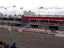 Старт 1-й гонки Российского этапа Мировой серии Рено 3.5 на автодроме Moscow Raceway