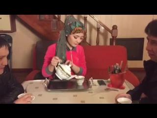 Слышь ты че такая дерзкая ?! по-казахский #баспро instagramm: @oralgazin @zhazira_yerkin