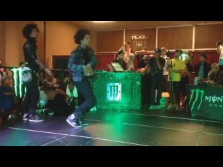 LES TWINS (Larry vs Laurent) - World of Dance 2013 - All Styles