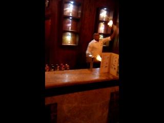 Виртуоз бармен отеля Клуб Голден Файв Топаз 4* Хургада