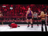 WWE RAW 14/09/09-Trish Stratus, MVP & Mark Henry vs Beth Phoenix, Chris Jericho & Big Show