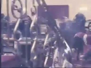 Kurtlar Vadisi Çakır kumarhanesini basan Tombalacı'dan intikamı'nı alıyor