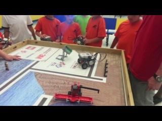 Лего робототехника у Лени в летнем лагере в Майами 2014
