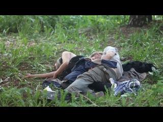 Видео как бомж трахает девачку фото 735-219