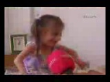 Самая маленькая девочка в мире!интересный клип!