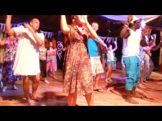 Club dance Jasmine Village 2014 june