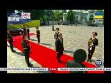 Инаугурация ПоРОШЕНко: солдат уронил оружие и упал в обморок