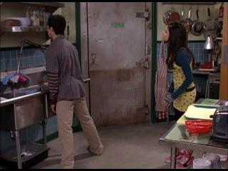 «Волшебники из Вейверли Плейс» (1 сезон 12 серия) — 'Младшая сестра'