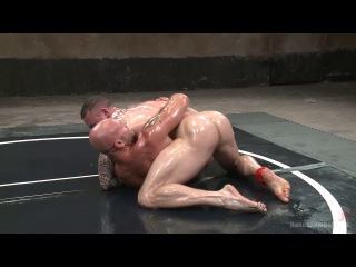 Naked kombat - goliath vs machine - which muscled god gets his ass fucked