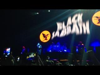 Black sabbath - black sabbath (1st verse) (москва, ск олимпийский 01.06.2014)