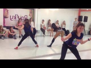 Lessi - Booty Dance - RaiSky Dance Studio (10.01.14) Twerk