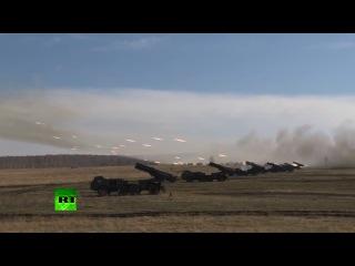 9 мая 2014  Россия  учения на границе Украины они  жопу рвут  за под
