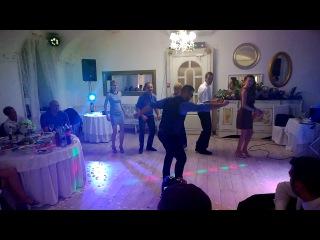 Эксклюзивный танец группы