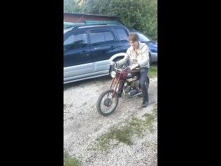 дача, ремонт мотоцикла