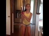 Maddie Ziegler This girl is on fire - Vine