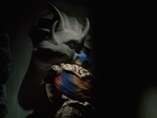 Отряд Динозавров Зюрейнджер / Kyouryuu Sentai Zyuranger (1 серия) (озвучка SkomoroX & Reina)